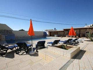Villa Vista Bonita - Large 13 Bedroom Detached VIlla With Private Pool