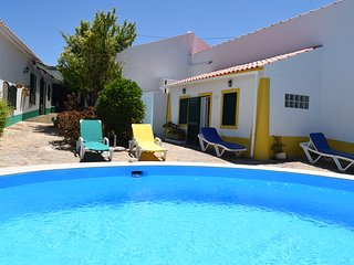 Casas Azul&Verde - 2 Cottages & Pool