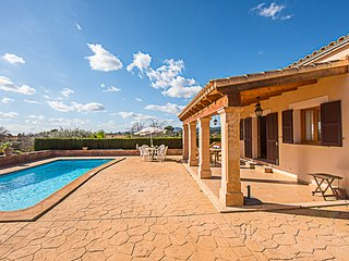 Beautiful country house located in Calas de Mallorca, Manacor