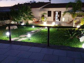 SV026 Villa 10posti con giardino