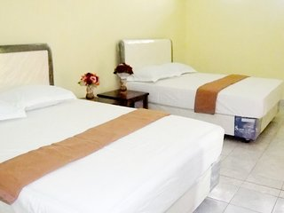 homestay loct at city center, five minute from terminal blambangan and city park