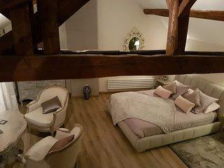 Chambre romantique  lit qeen size 160x200