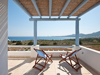 Villa Althea 200 meters from beach, Antiparos Town