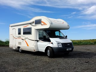 RV MOTORHOME HOTEL HOLIDAY HOME AND CAR RENTAL ICELAND LUXURY TRAVEL, Kopavogur