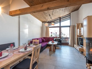 Haus Sonas - One Bedroom plus Separate Loft Sleeping Area