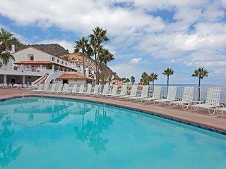 Hamilton Cove Villa 4-12