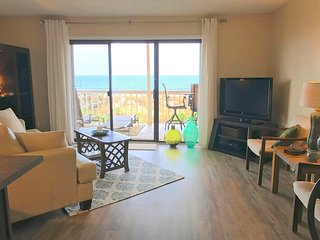 Stylish Oceanfront Retreat -- Quiet location