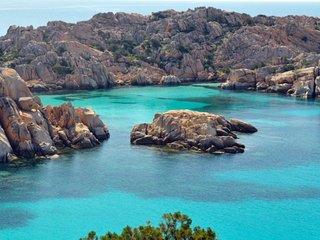 Trilocale a Costa Paradiso per 5 persone ID 354