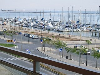 VILLAGE MARINA-Olhão: Corner Apartment with amazing views, Olhao