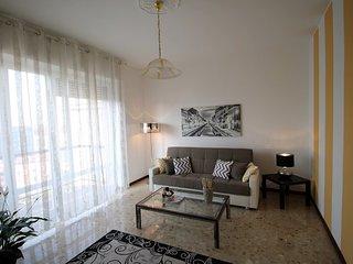 ILO1268 House Navigli - Milano - Lombardia