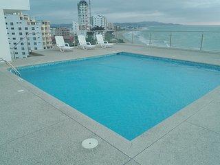 Rento Suite para 4 personas un solo ambiente, es parte del Hotel Makana Resort, Tonsupa