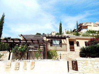 Kamares Villa in hills above Paphos, Tala