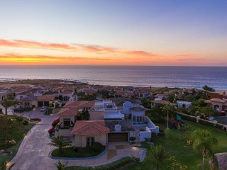 Ocean View with Jacuzzi Terrace, Cabo del Sol Golf, Walking Distance to Beach