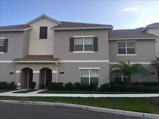 3123 Storey Lake 4 Bedrooms near Disney in Orlando FL, Kissimmee