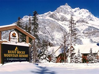 Banff Rocky Mountain Resort up to 6 people Feb 11-12