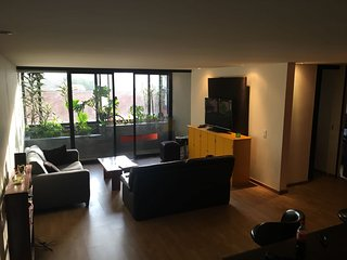 Modern, Cozy & Roomy in trendy ZonaG, Bogota