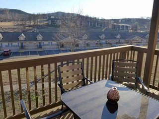 Fall Creek One BDR. Updated Furnishings & Bedding.  14-5