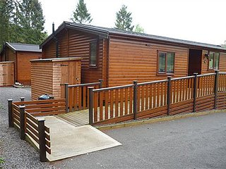 Disabled Access Holiday Lodge, Ramp Hoist Wetroom., Wheelchair Accessible