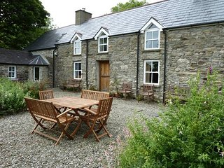 Beautifully Restored Stone Farmhouse in idyllic setting