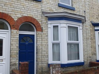 SCARBORO CENTRE 2 BEDROOM HOUSE. Free Parking & WIFI. Pets may be accepted.