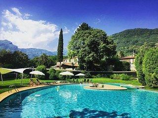 VILLA TORO 5BR-Pool Garden & SPA by KlabHouse, Camaiore