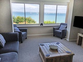 ST DAVIDS, detached, sea views, off road parking, garden, in Yarmouth, Ref 91561