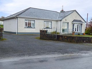 THE ALDERS detached bungalow, en-suite, gardens, in Ballyfarnon, Ref 952512