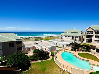 Island Way Beach House 58, Summerstrand