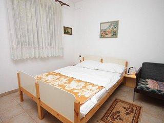 Apartment 11737