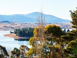 Summit 9 - Modern and stylish newly renovated apartment, Jindabyne