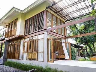 Na Nava Residence : Villa by Canal