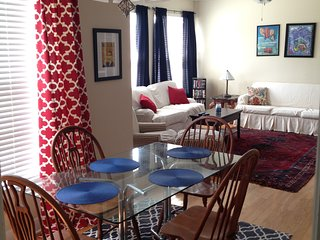 Charming Weekend Rental - 2 Bedroom Condo - Minutes From Campus and the Square!