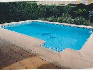 Maison familiale avec piscine au calme et parc clôturé