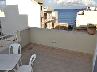Starfish Penthouse, Seaview terrace, Top location., St. Paul's Bay
