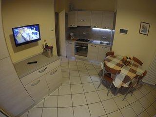 Easy Apartemnts Peschiera - T5B2, Peschiera del Garda