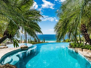 Casa Leo Loco Iconic Tamarindo Villa with Infinity Pool, Ocean Views