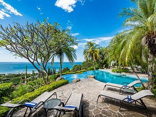6 bd with views, infinity pool and natural mosquito control system, Tamarindo
