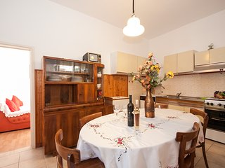 Villa Lagarrelax - Four Bedroom Apartment(A4)