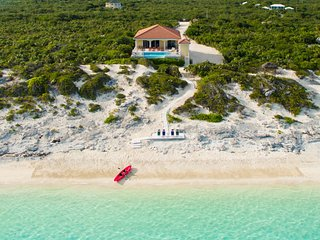 Sandy Beaches Villa, Providenciales