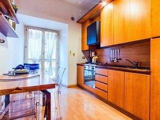 Lovely and spacious 2 bed flat in a great area