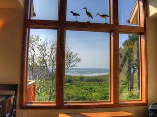 Craftsman Ocean View Home in Yachats! FREE NIGHT!