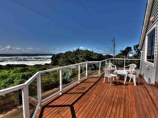 Ocean Views From Every Room! Hot Tub! Newly Remodeled!