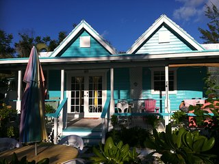 Topaz  Cottage at Diamonds by the Sea, Freeport