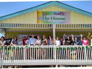 Surf's Up Beach House is conveniently located and sleeps 3-16 guests comfortably