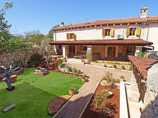 3 bedroom Villa in Pula Marcana, Istria, Croatia : ref 2098083