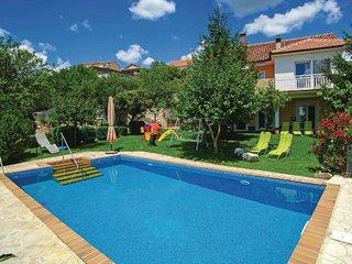 5 bedroom Villa in Makarska-Imotski, Makarska, Croatia : ref 2219602