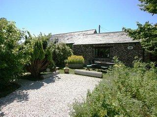 Treveglos Barn, St Merryn