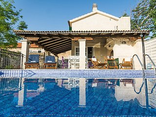 4 bedroom Villa in Sv. Filip i Jakov, North Dalmatia, Croatia : ref 2283831, Sveti Petar