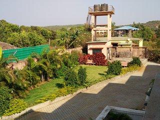 Luxurious 2 BHK Bungalow for 8, Mahabaleshwar