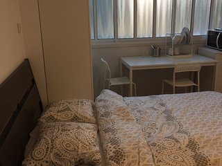 Jabotinsky Guest House Room1